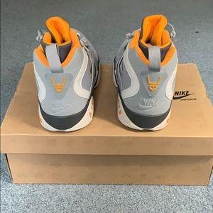 Nike Shoes - Nike Air Diamond Turf 2 with original box, size 12